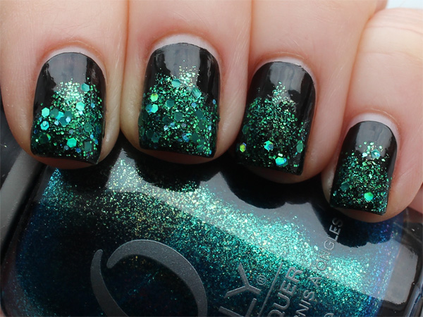 2. Deep Green nail design