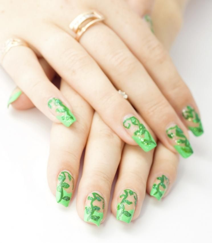 Green design with vibrant vines